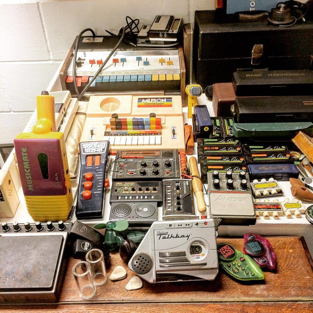 I like Toy instruments a lot ! Here's a small selection of my fantastic plastic .