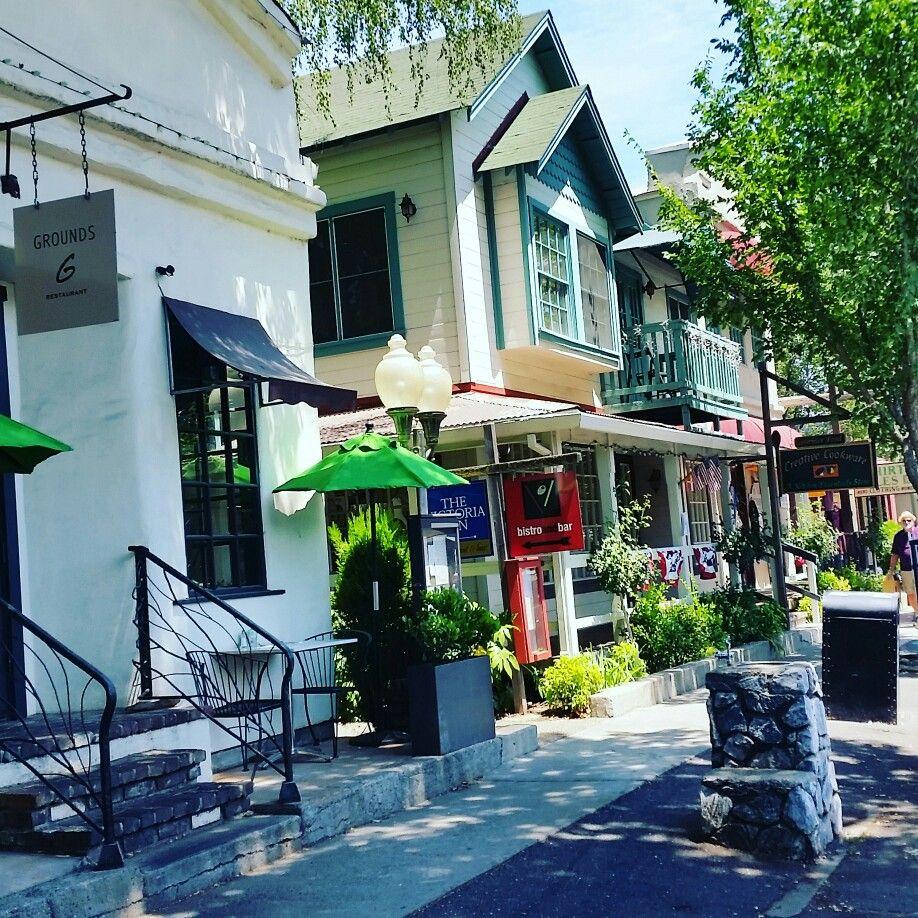 Tasting room on Main Street Murphys