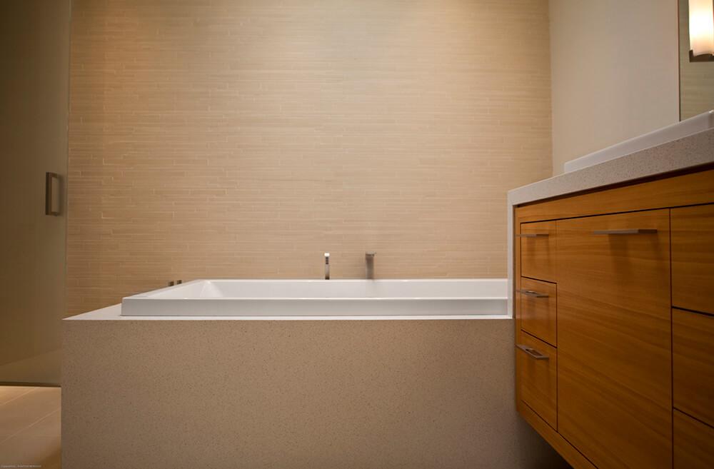 05_Master_Bath-6917.jpg
