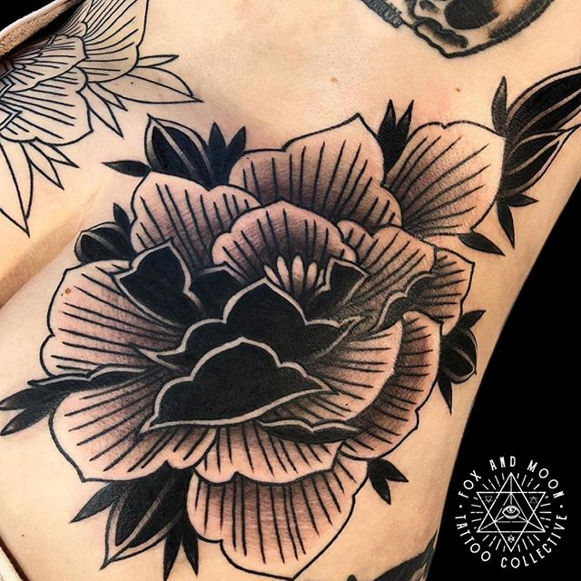 Progress on this back piece be James. Hit the link in our bio to book in a free chat about your next tattoo idea! -------------------------------------------- Artist: @jamesghrey Using: @solaristattoocare -------------------------------------------- -Bookings/Enquiries- Phone: 0411 570 360 Email: info@foxandmoontattoo.com.au Visit us: 727 Deception Bay Road, Rothwell -------------------------------------------- www.foxandmoontattoo.com.au -------------------------------------------- #darktraditionaltattoo #traditionaltattoo #traditional #trad #darktrad #darktraditional #blackandbold #tttism #blackwork #blvckworkers #blvkworktattoos #blackworktattoo #veganink #vegantattooartist #boldwillhold #black #blackworkers #blackworkerssubmission #blkttt #blxckink #foxandmoontattoo #blackworktattoo #brisbanetattoo #austrad #onlyblackart #tattoosnob @solaristattoocare @eternalink @brisbanetattooart