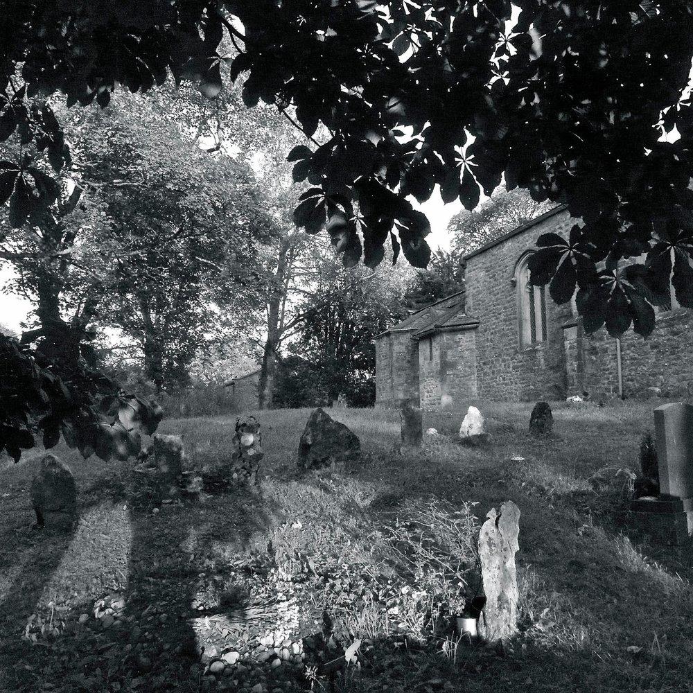 Hawkshead-Churchyard.jpg