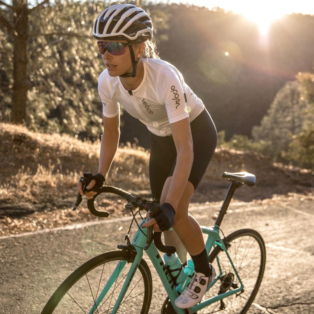 womens-radiator-jersey-white-tayler-riding.jpg