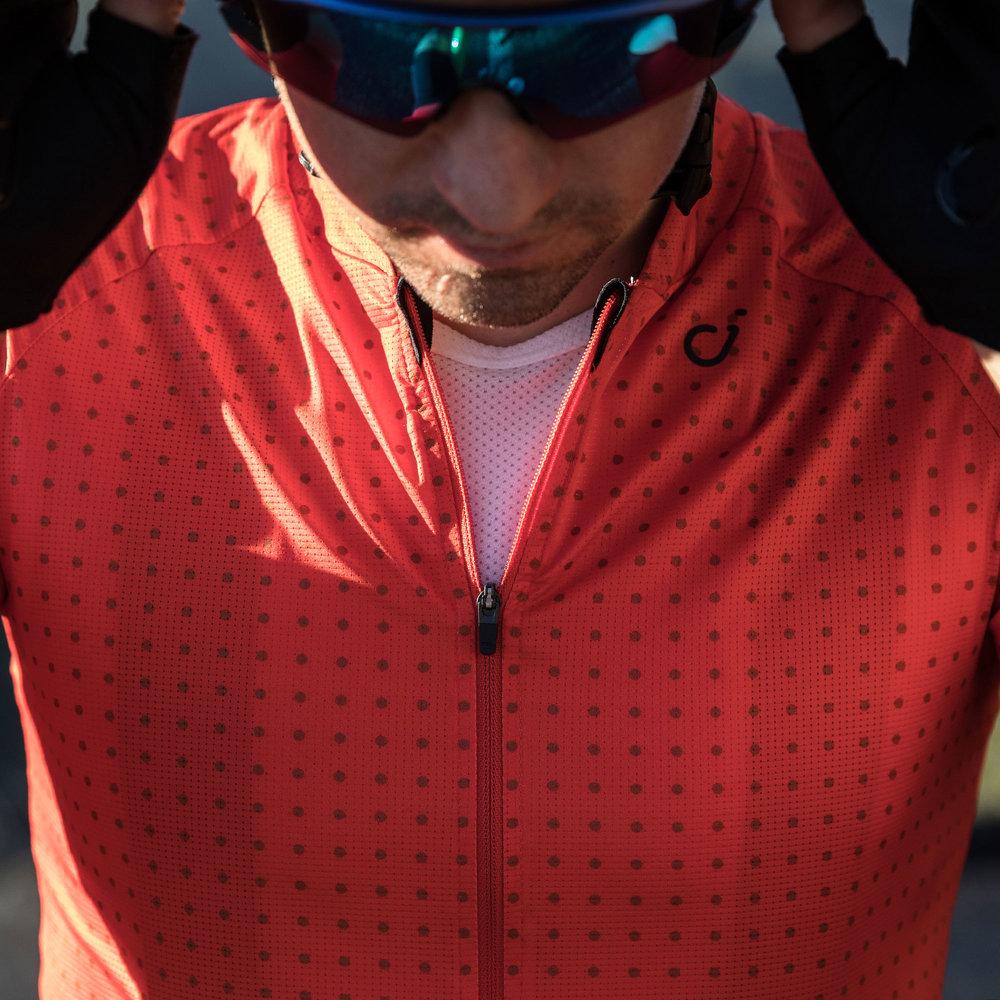 mens-grid-dot-ul-jersey-red-zipper-detail(1).jpg