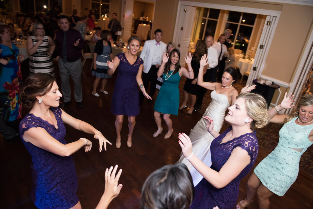 Boppe Wedding | Hermitage Country Club, Richmond |  Laura Lou Photography