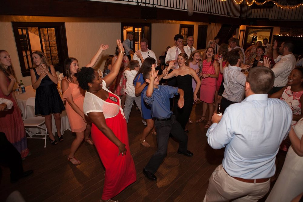 Heintz Wedding | Melrose Caverns, Harrisonburg |  Samantha Ritter Photography