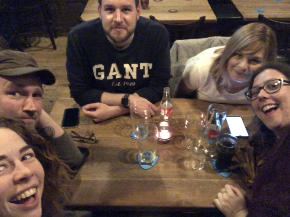 Some Brits, and American and a Norwegian walk into a pub…
