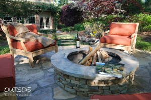 Outside-Landscape-Group-Firepit-2-300x200.jpg