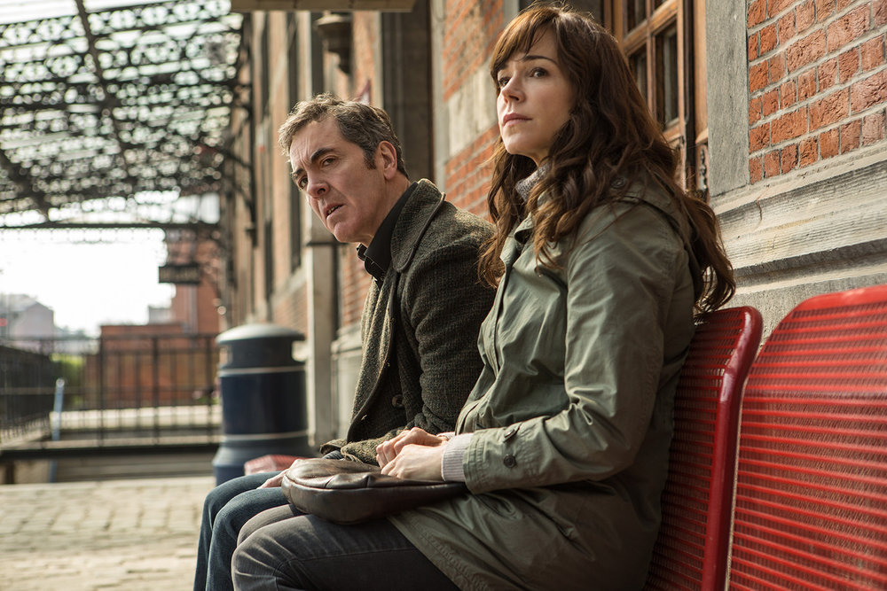 James Nesbitt (as Tony Hughes), Frances O'Connor (as Emily Hughes) (2).jpg