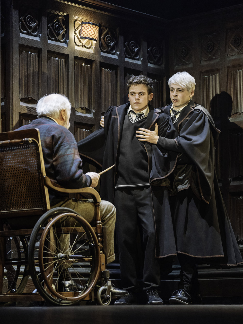 11 Harry Potter and the Cursed Child – NYC Photo By Manuel Harlan.jpg