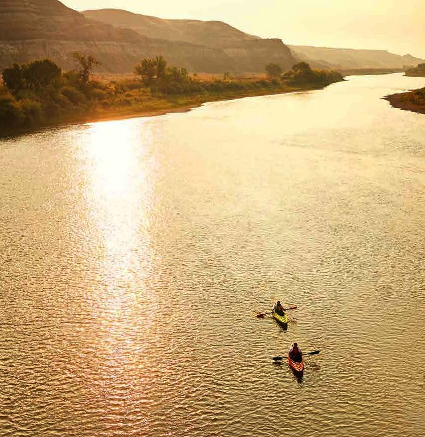 A lazy kayak down the Red Deer River - image courtesy Jeremy Fokkens