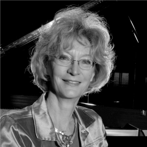 Dr. Jane Hayes - PIANO
