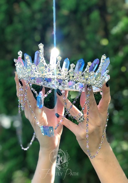 Daylight Crystal Crown