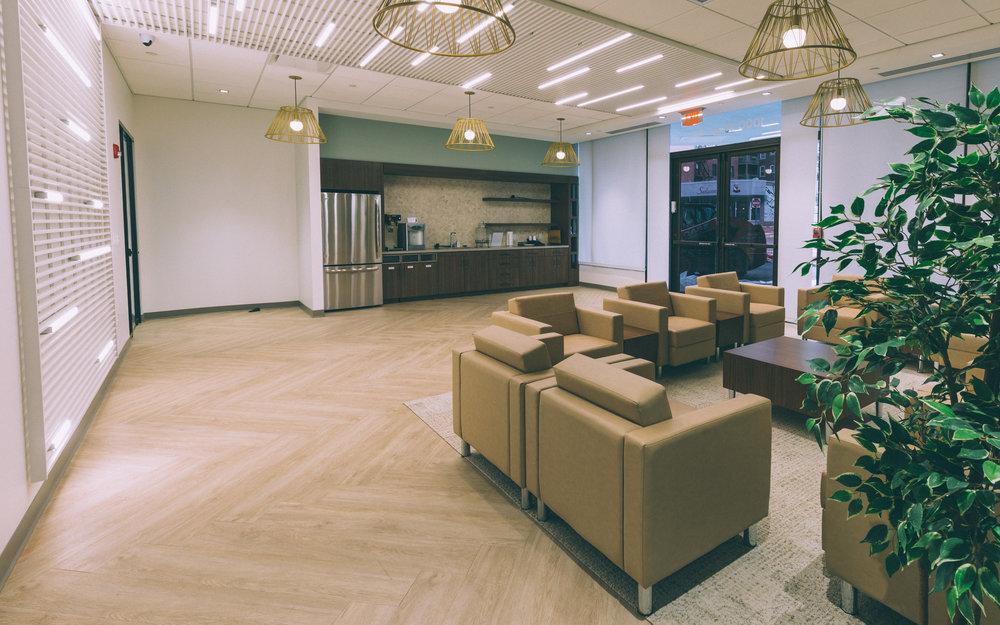VIP Lounge_1.jpg