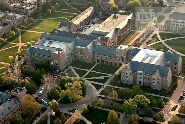 University of Notre Dame Law School Scholarship Database