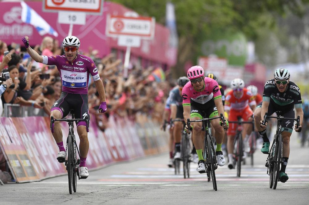 italy-bike-tours-twelve-day-finish-line.JPG