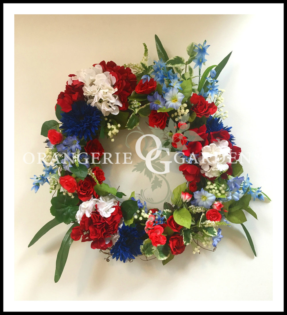 Classical Holiday Patriot Wreath