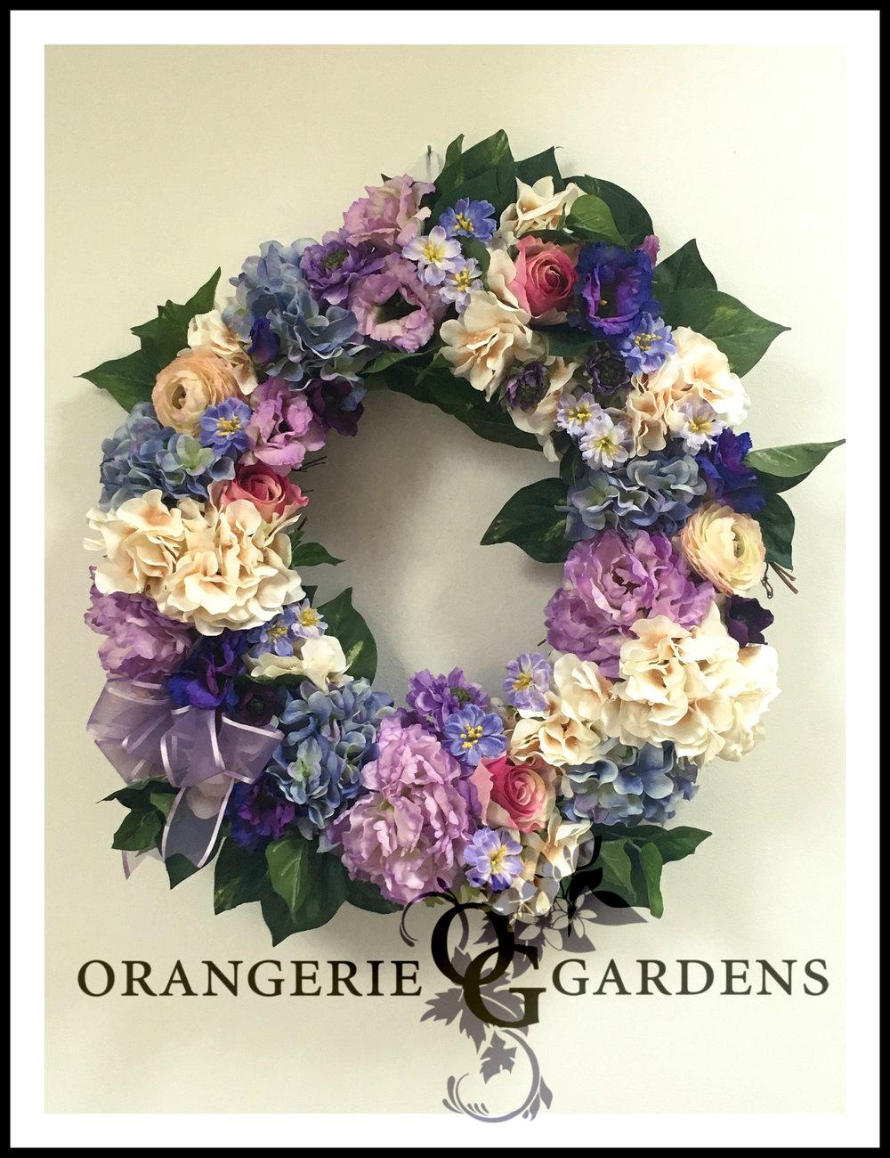 Cottswold Cottage Garden Wreath in Purple