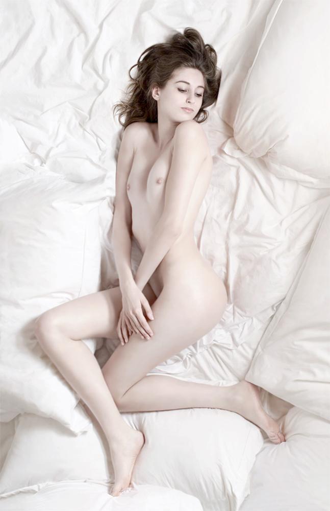 Nude XXX.jpg
