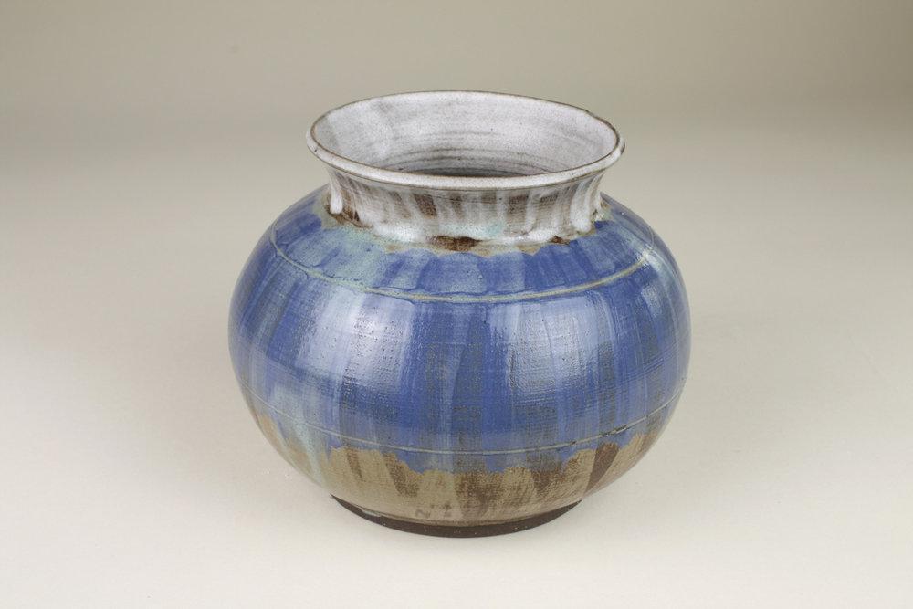 ~1543498751~Wheel Vase 1.jpg