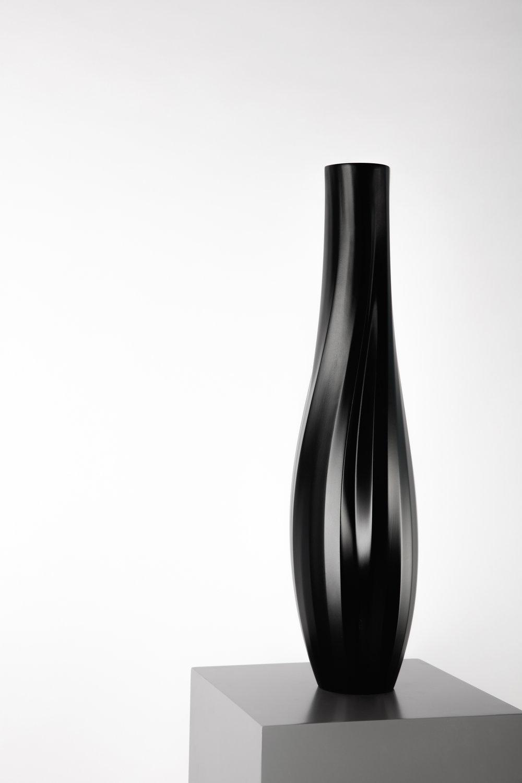 Thari Vase - Layth Mahdi + Studio.d04