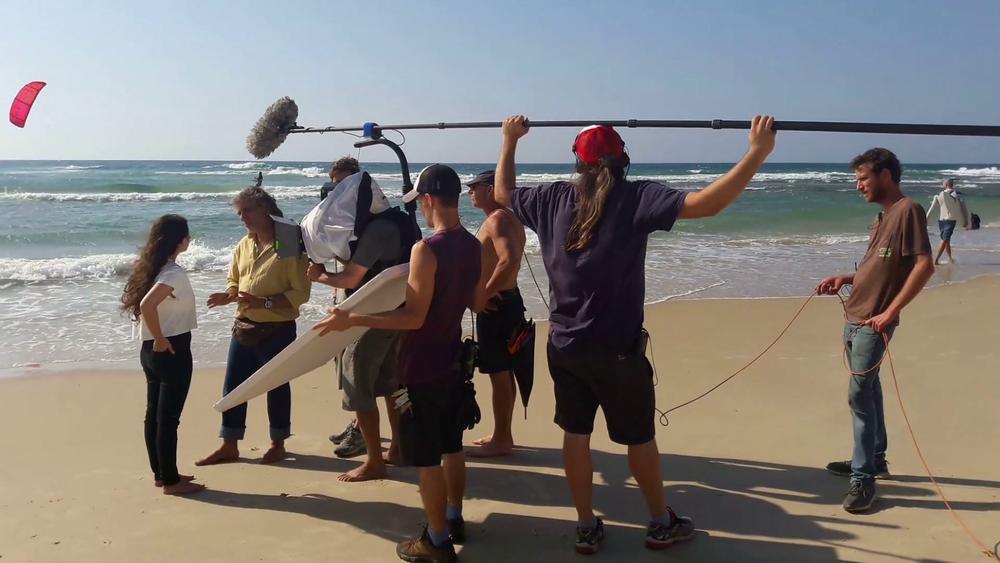 tel-aviv-israel-october-26-2016-large-film-crew-on-the-set-of-the-movie-on-the-beach_hyizduayl_thumbnail-full01.png