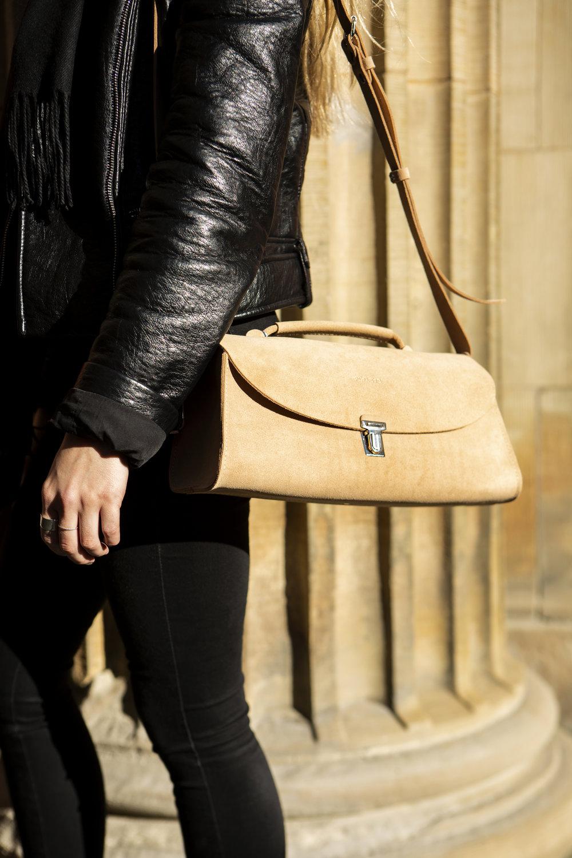 purses & totebags -