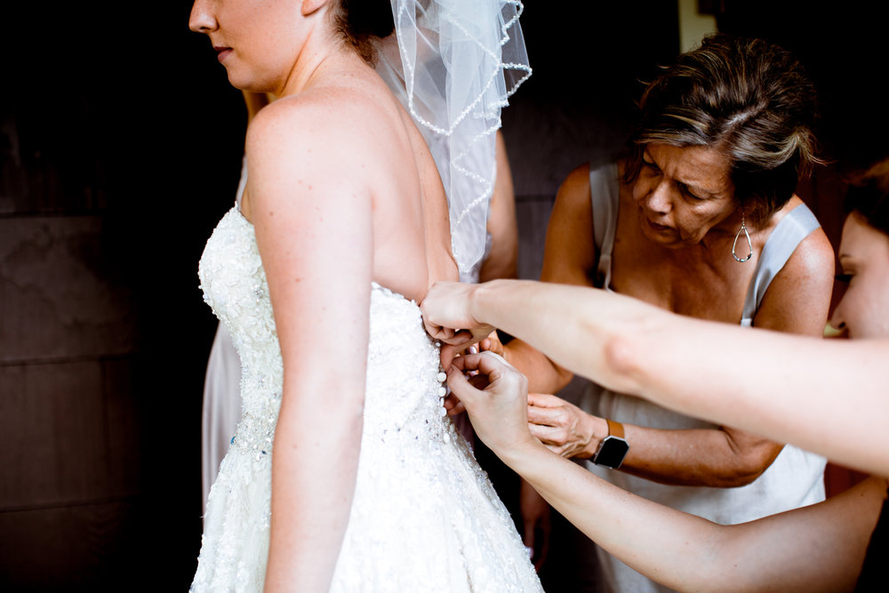 Sophisticated Wedding Photographer Minneapolis Minnesota-8.jpg