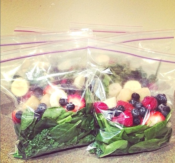 Smoothie Freezer Baggies - Simply add the ingredients for your smoothie (minus the liquid!) to a ziplock bag and pop into the freezer. In the morning, just pour liquid into your blender, add one smoothie baggie, and blend for a delicious treat in a flash!
