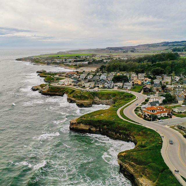 Another amazing picture of #santacruz Coast #beachlife