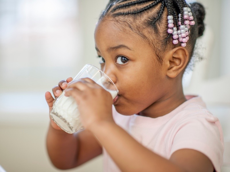 girl-drinking-milk.jpg