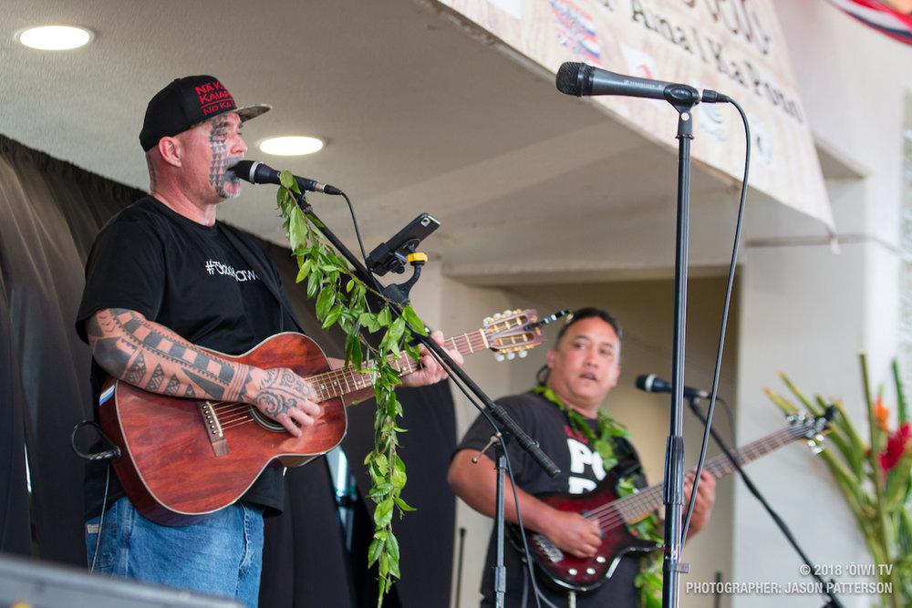 Aha Aloha Olelo - Kalehua Krug, Bula Kailiwai