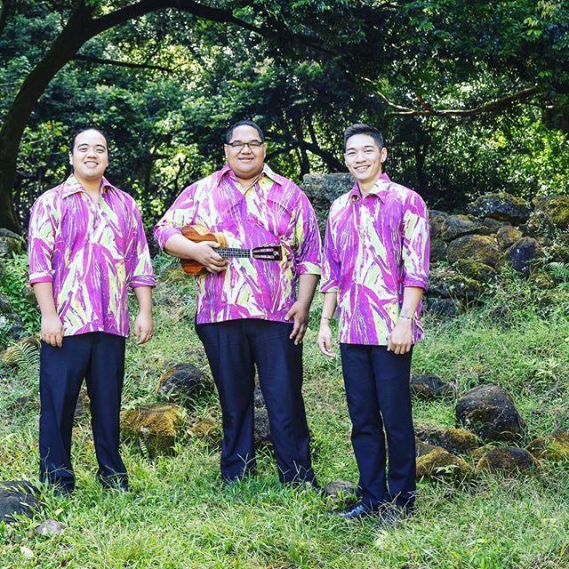 Hoʻomaka ka #ʻAhaAlohaʻŌlelo i kēia lā! Hoʻokani ʻO @keauhouband ma ka hola 6:00p ma Hale Hālāwai. E hele nui kākou!  The #ʻAhaAlohaʻŌlelo starts today!  @keauhouband performs at 6:0p at Hale Hālāwal. Its absolutely FREE!  #KaNaʻiAupuni #ʻAAʻŌ2019 #ʻAAʻŌVI #eolakaʻōlelohawaiʻi