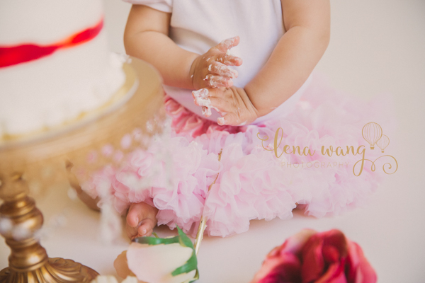 los-gatos-san-francisco-bay-area-baby-one-year-cake-smash-portrait-photography-photographer-santa-cruz-san-jose