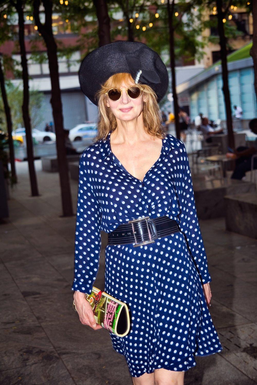 polka dot dress.jpg