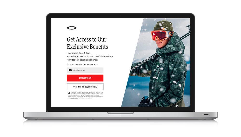 Full screen entrance overlay on desktop (winter imagery)