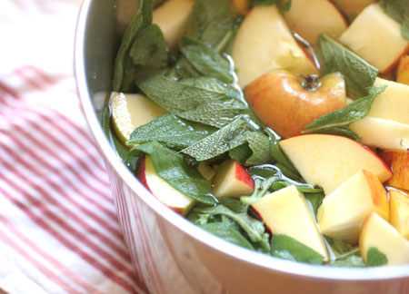 Apples and sage ready to be jellied.