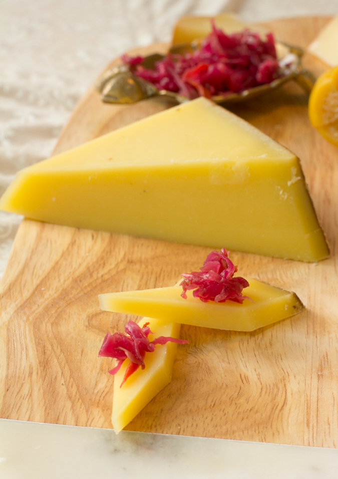 Comte-Cheese-Plate-with-sourkraut-5191.jpg