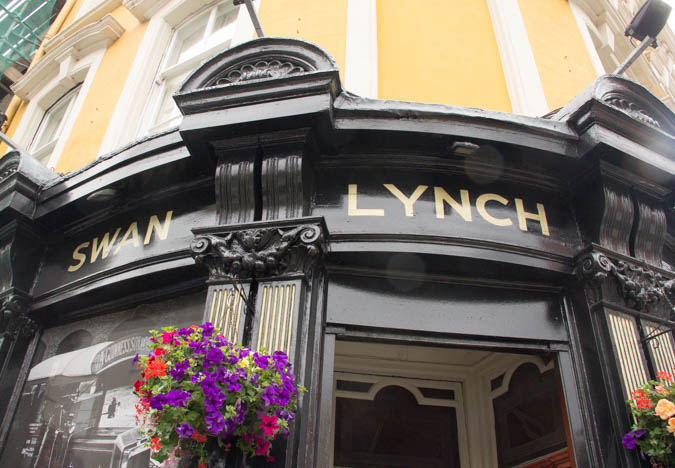Swan-Lynch-Sign-1-of-1.jpg