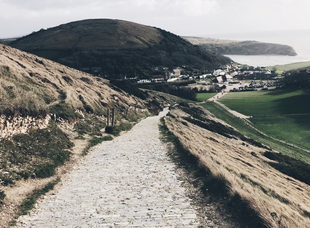 Lulworth-Cove-Dorset.JPG