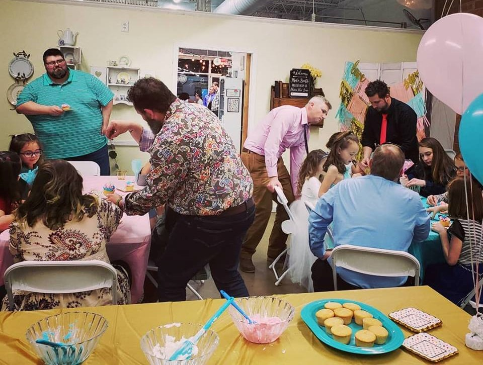 cupcake party (1).jpg