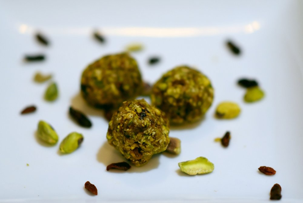 pistachio goji berry amazeballs - not too sweet & easier to carry than a watermelon