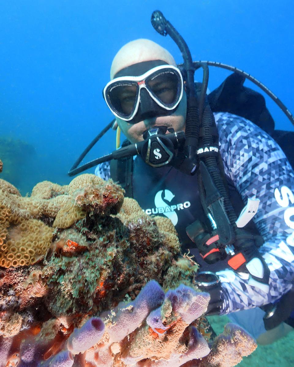 anesti-vega-coral-reef-florida-web.jpg
