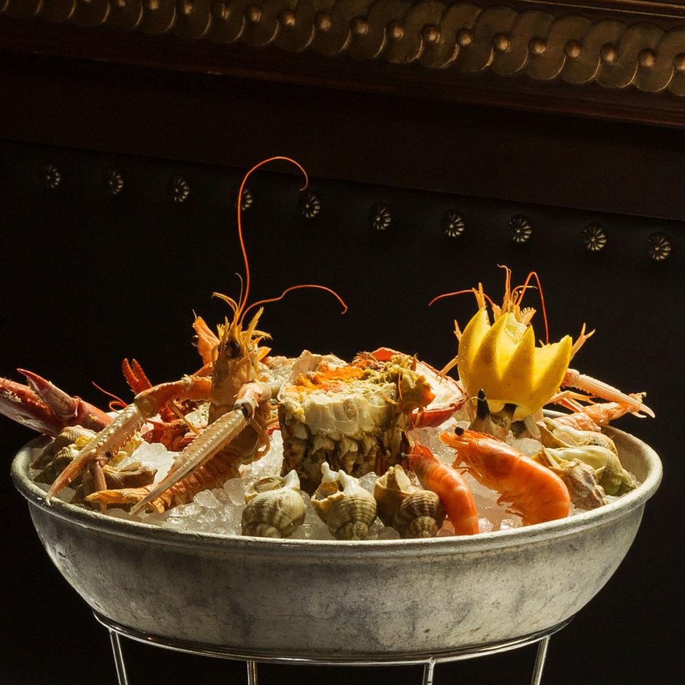 Fruits de mer - Un vaste choix d'huîtres, coquillages et crustacés