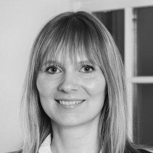 Birita Johansen - Ráðgevi, Vinnuhúsið