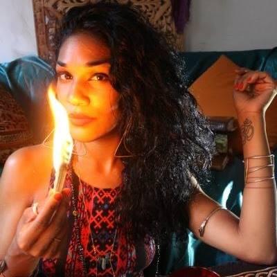 tatianna-tarot-black-woman-astrologist-black-girl-magic-my-creative-connection-#blkcreatives