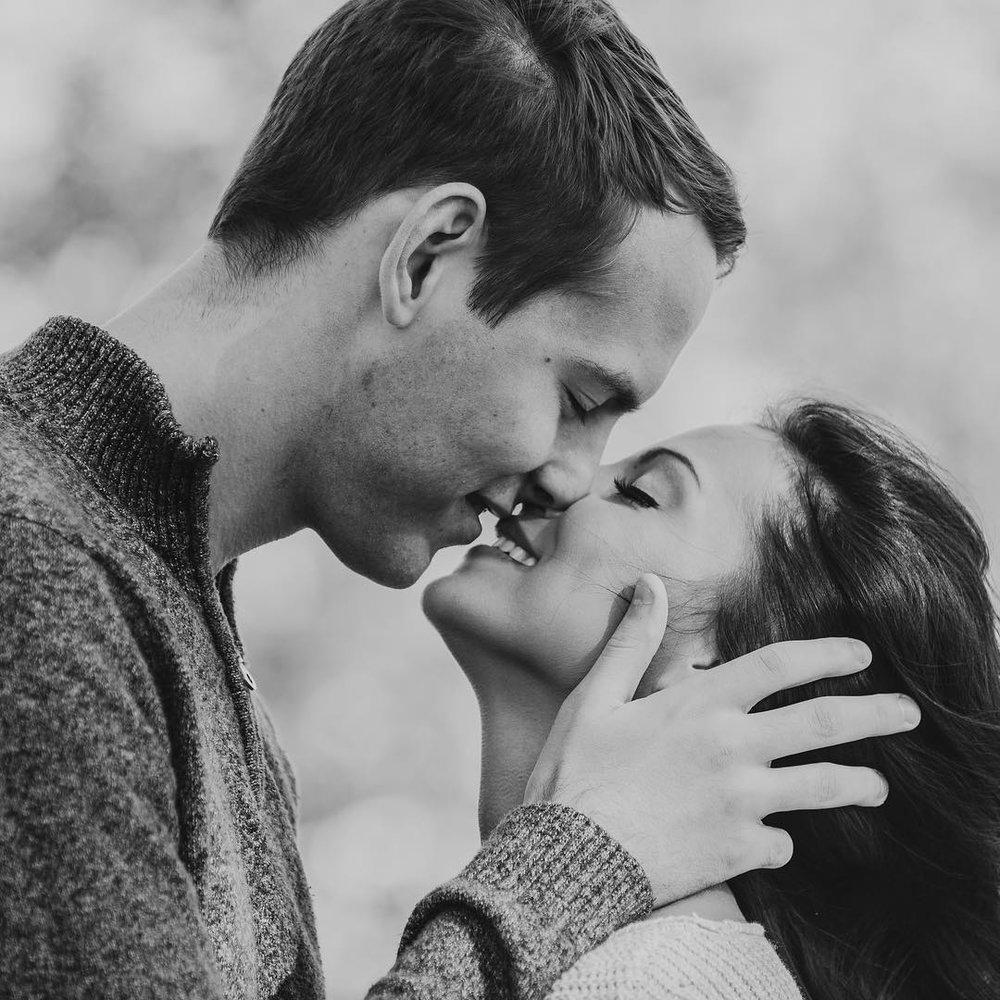Lindsay and Tim \\ Schaumburg Illinois Engagement