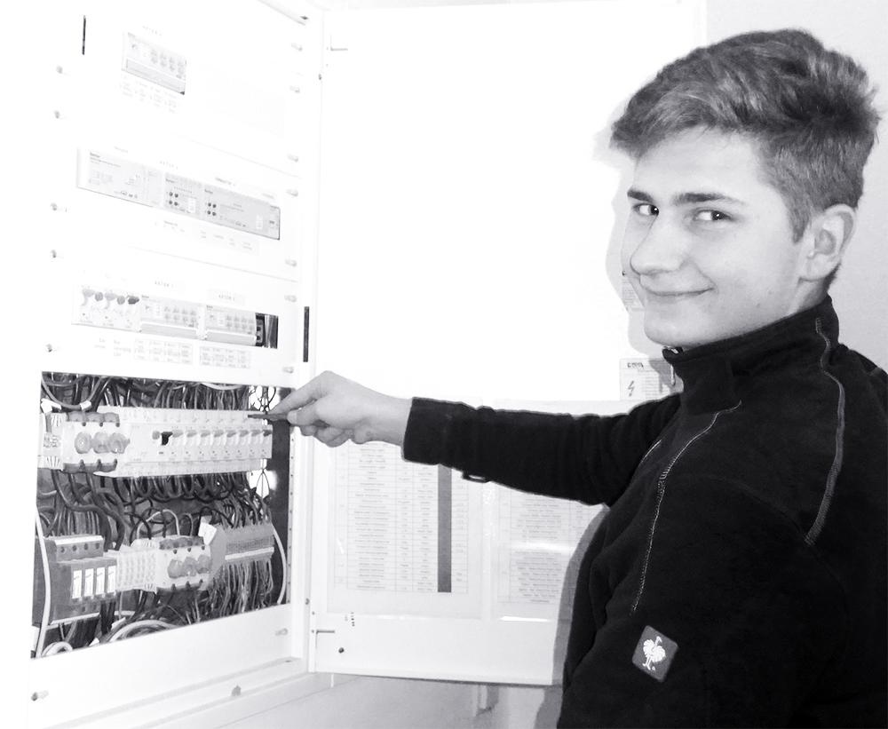 Pirjol Daniel  Unser jüngster im Team, macht derzeit Lehre mit Matura und ist mit großem Engagement am Werk.