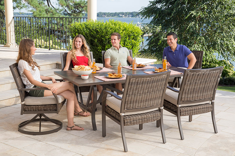 """Trenton Dining Collection - 2 Swivel Dining chairs & 4 Dining chairs with Extension Table 40"""" x 83"""""""