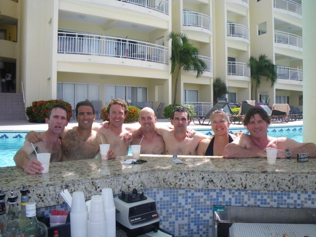 M Pool Bar