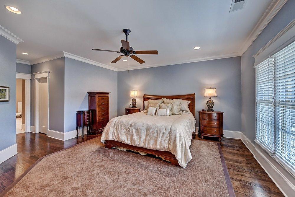 032_Master Bedroom .jpg